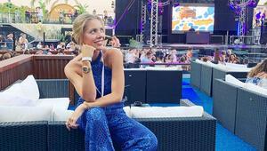 Victoria Swarovski 500 Euro karşılığı telefonunu kurtardı