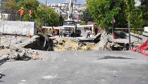 Son dakika... İstanbulda korkutan olay Cadde çöktü
