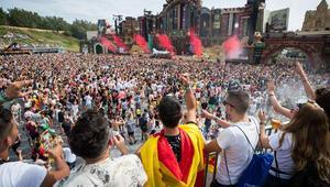 Tomorrowland Festivalinde yine uyuşturucu damgası: 24 satıcı tutuklandı