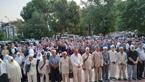 Erbaalı hacı adayları, kutsal topraklara uğurlandı