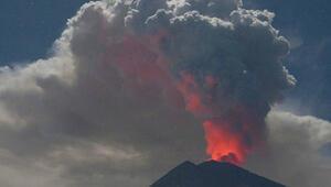 Endonezyada yanardağ patlaması