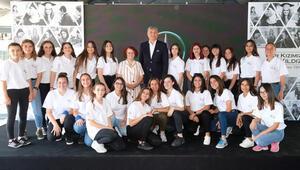 15 yılda 5 bin kız öğrenciye destek