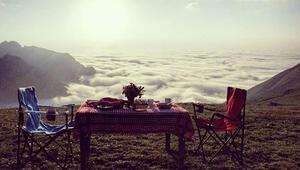 Bulutlarla baş başa kahvaltı: Burası Türkiyede