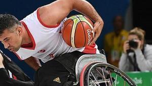 Milliler, Polonyaya yenildi Tekerlekli sandalye basketbolu...