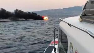 Bodrumda tekne yandı, denize atlayan 2 kişi kurtarıldı