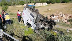 Denizlide trafik kazası: 1 ölü, 1 yaralı