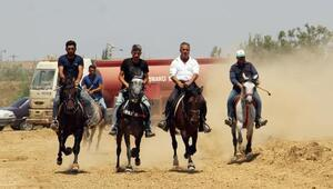 Rahvan At Yarışları yapıldı