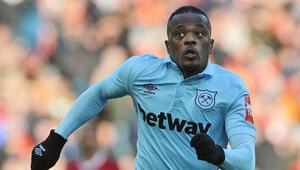 Son Dakika: Patrice Evra futbolu bıraktı