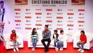 İspanyadan Cristiano Ronaldoda efsane ödülü