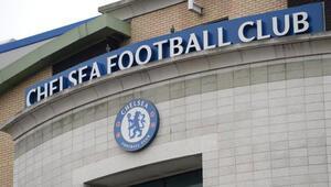 Chelsea'den ırkçılık yapan taraftarına ömür boyu men cezası