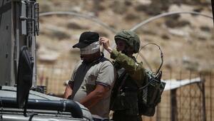 İsrail güçleri çok sayıda Filistinliyi gözaltına aldı