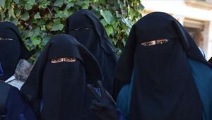 Hollandada burka yasağı yürürlüğe girdi