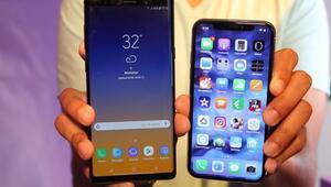 Galaxy Note 10 Plus ile iPhone XR 2019 birlikte görüntülendi