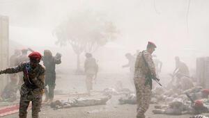 Son dakika... Adende askeri geçit töreninde çifte saldırı