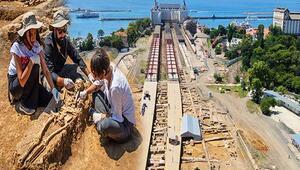 Haydarpaşa Garındaki kazılar herkesi şaşırttı 6 bine yakın sikke bulundu...