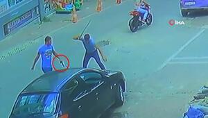 Esenyurt'ta sokak ortasında silahlı kavga kamarada