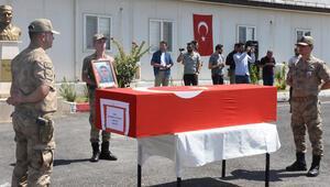 Mardinde şehit asker için tören düzenlendi