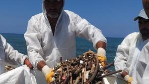 Akçakocada sahiller temizleniyor