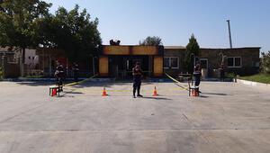 İzmirde gece kulübünde silahlı saldırı: 2'si ağır 3 yaralı