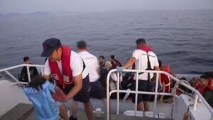 Dikilide 45 kaçak göçmeni Sahil Güvenlik uçağı yakalattı