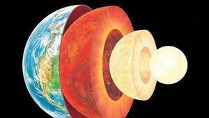 Dünya'ya 900 ışık yılı uzaklıktaki 'top'iter