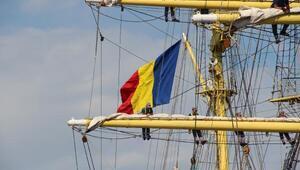 Romanya Donanmasının 81 yaşındaki askeri gemisi İstanbuldan ayrıldı