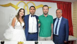 Başkan Aydar, 12 düğüne katılıp, nikah kıydı