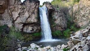 Gündoğdu şelalesine mesire alanı