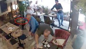 İstanbul'da dehşet Müşterisine balta ile saldırdı…