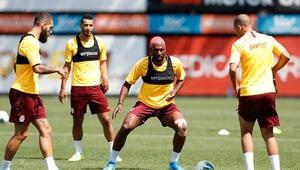 Galatasaray Akhisar maçına hazır İşte kamp kadrosu...