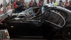 Otomobil TIRa arkadan çarptı: 2 ölü