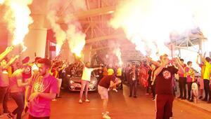 Galatasaraya Ankarada coşkulu karşılama