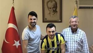 Menemenspor, Galip Güzel'le imzaladı | Transfer haberleri...