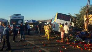 Büyükçekmecede havalimanı otobüsü devrildi: 1 ölü, 7 yaralı