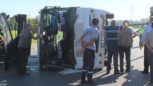 Kayseride işçi servisi ile kamyonet çarpıştı: 17 yaralı