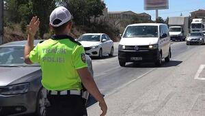 43 ilin geçiş noktasında trafik kilit