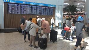 İstanbul Havalimanında bayram hareketliliği başladı... THY 59 ek sefer koydu