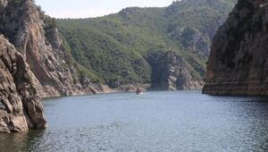 Şahinkaya Kanyonuna turist akını