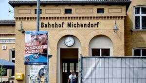 Willy Brandt afişine sert tepki