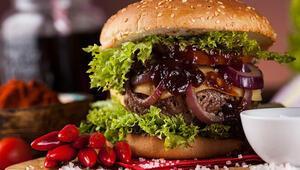 Hamburger köftesi nasıl yapılır Hamburger köftesi yapacaklar için püf noktaları