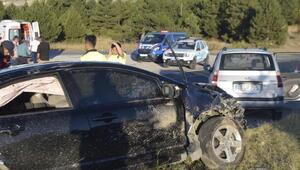 Kütahyada iki otomobil çarpıştı: 7 yaralı