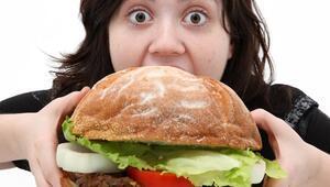 Pizza ve hamburger depresyon sebebi