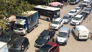 Tatilciler Erdek'e akın etmeye başladı