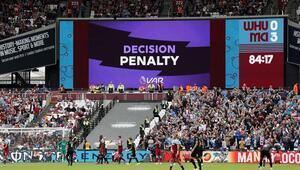 Premier Ligde yeni sezonun ilk penaltı golü geldi