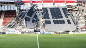 AZ Alkmaar'ın stadının çatısı çöktü