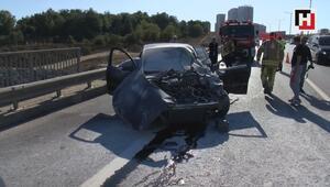 TEMde bariyerlere çarpan otomobil alev aldı, sürücünün yardımına yoldan geçenler koştu