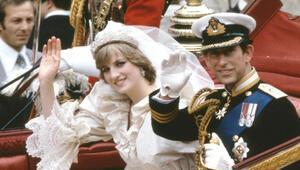 Prens böyle evlenme teklif etmiş: Diananın siniri bozuldu, gülme krizine girdi