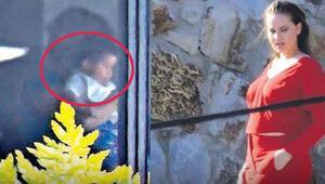 Fahriye Evcen ve Burak Özçivitin oğulları Karan ilk kez görüntülendi