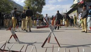 Pakistan: Keşmir'deki çatışmada 3 askerimiz ve 5 Hint askeri öldü