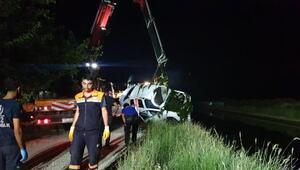 Otomobil kanala uçtu; uzman çavuş öldü, kız arkadaşı aranıyor
